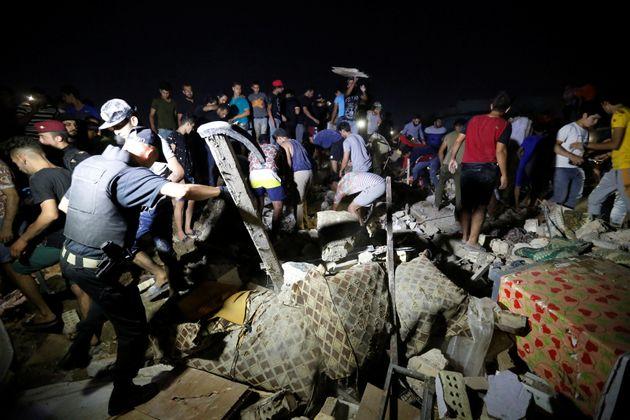 Τουλάχιστον 18 νεκροί και 90 τραυματίες από την έκρηξη σε συνοικία στη