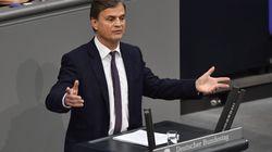 AfD-Politiker spricht über Flüchtlinge – SPD-Mann braucht einen Satz für