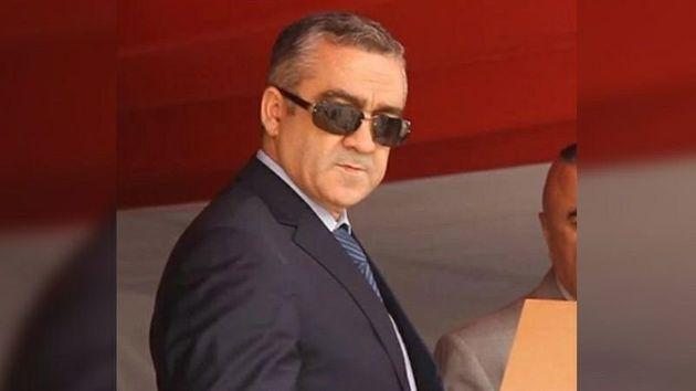 Des Tunisiens manifestent contre le limogeage de Lotfi Brahem devant le ministère de