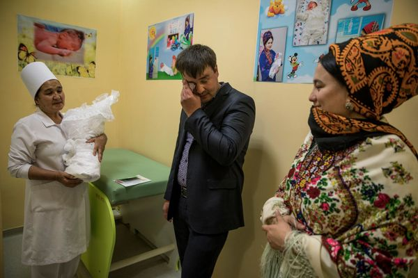 On March 30, father Shageldi and mother Ogulhally search for at their little one boy Nepes, born on March 27 at the maternity u