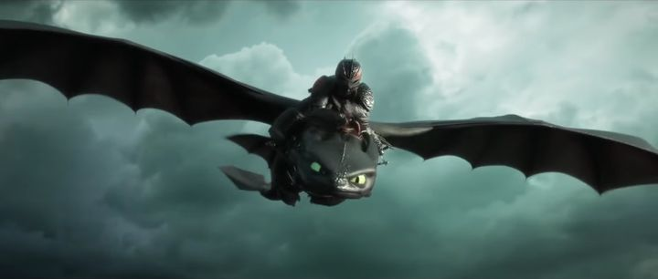 Toothless flying into battle.