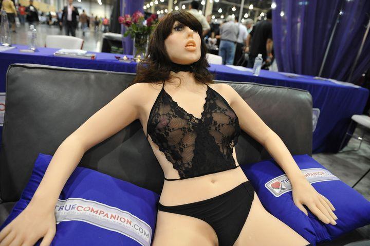 '진정한 동반자'라는 이름의 섹스 로봇. 2010년 라스베이거스.