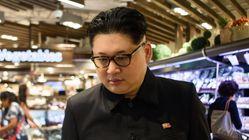 '가짜 김정은'이 싱가포르 경찰로부터 신문을 받았다고