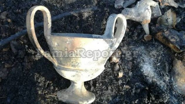 Πυρκαγιά αποκάλυψε «αρχαιολογικό θησαυρό» στη Φθιώτιδα. Συνελήφθη ένας