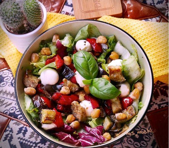 Changez vos habitudes culinaires et optez pour cette salade pleine de