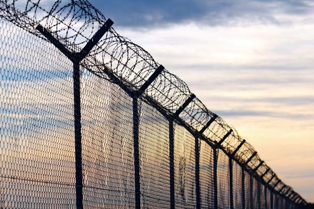Η συμφωνία επανεισδοχής μεταναστών μεταξύ Ελλάδας και Τουρκίας πρέπει να συνεχίσει να εφαρμόζεται, τόνισε...