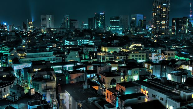 Night view of Tokyo's Aoyama district