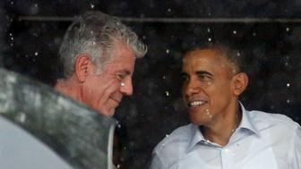 REFILE-QUALITY REPEAT U.S. President Barack Obama talks with Anthony Bourdain after an interview at a shopping area of Hanoi, Vietnam May 24, 2016. REUTERS/Carlos Barria