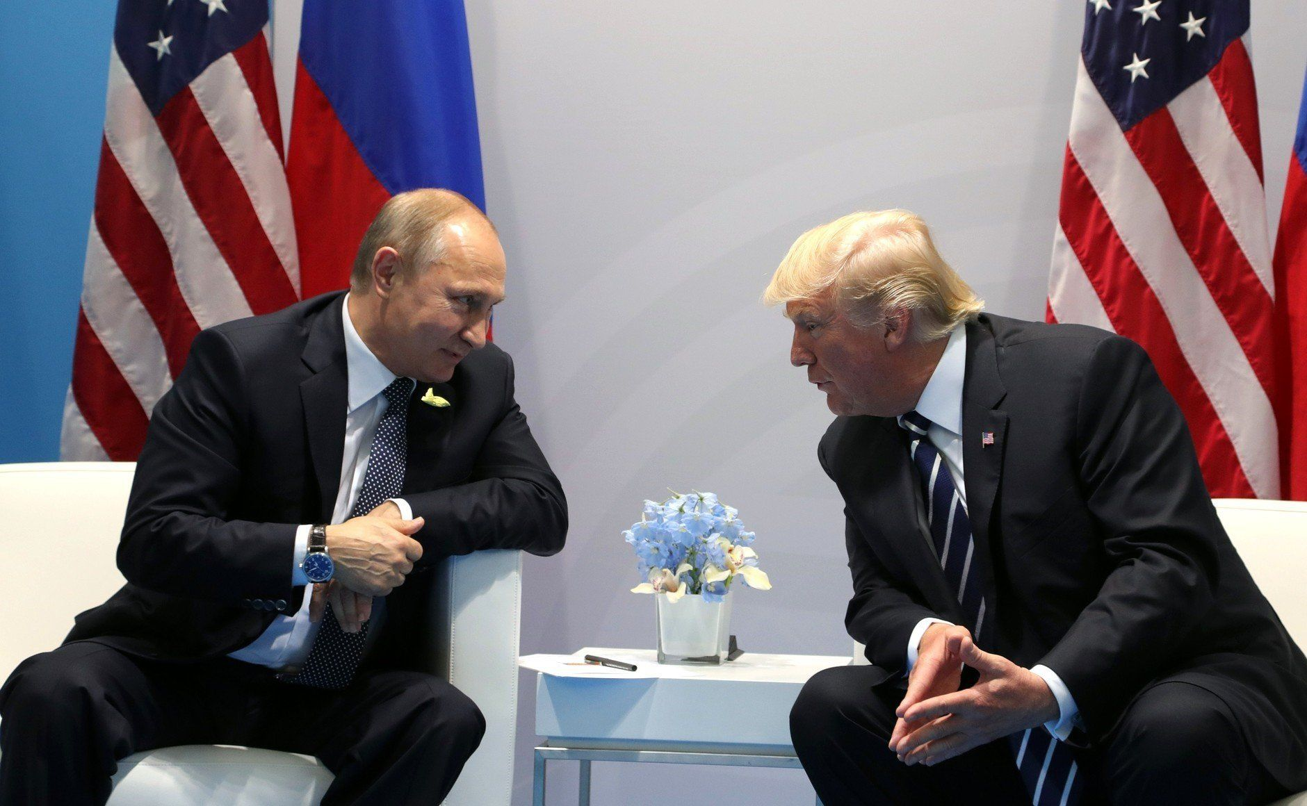 HAMBURG, GERMANY - JULY 7: (----EDITORIAL USE ONLY  MANDATORY CREDIT - ' RUSSIAN PRESIDENTIAL PRESS AND INFORMATION OFFICE / HANDOUT' - NO MARKETING NO ADVERTISING CAMPAIGNS - DISTRIBUTED AS A SERVICE TO CLIENTS----)  Russia's President Vladimir Putin (L) and US President Donald Trump (R) hold a bilateral meeting on the sidelines of the  G20 summit in Hamburg, Germany, on July 7, 2017.  (Photo by Russian Presidential Press and Information Office/Anadolu Agency/Getty Images)