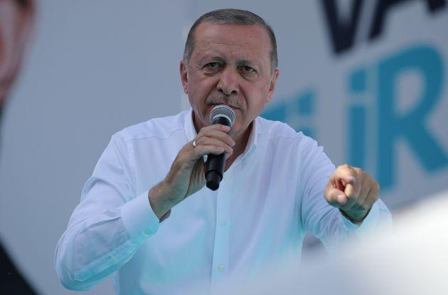 Ερντογάν: Τα μέτρα του Αυστριακού καγκελαρίου Κουρτς οδηγούν σε πόλεμο μεταξύ σταυρού και