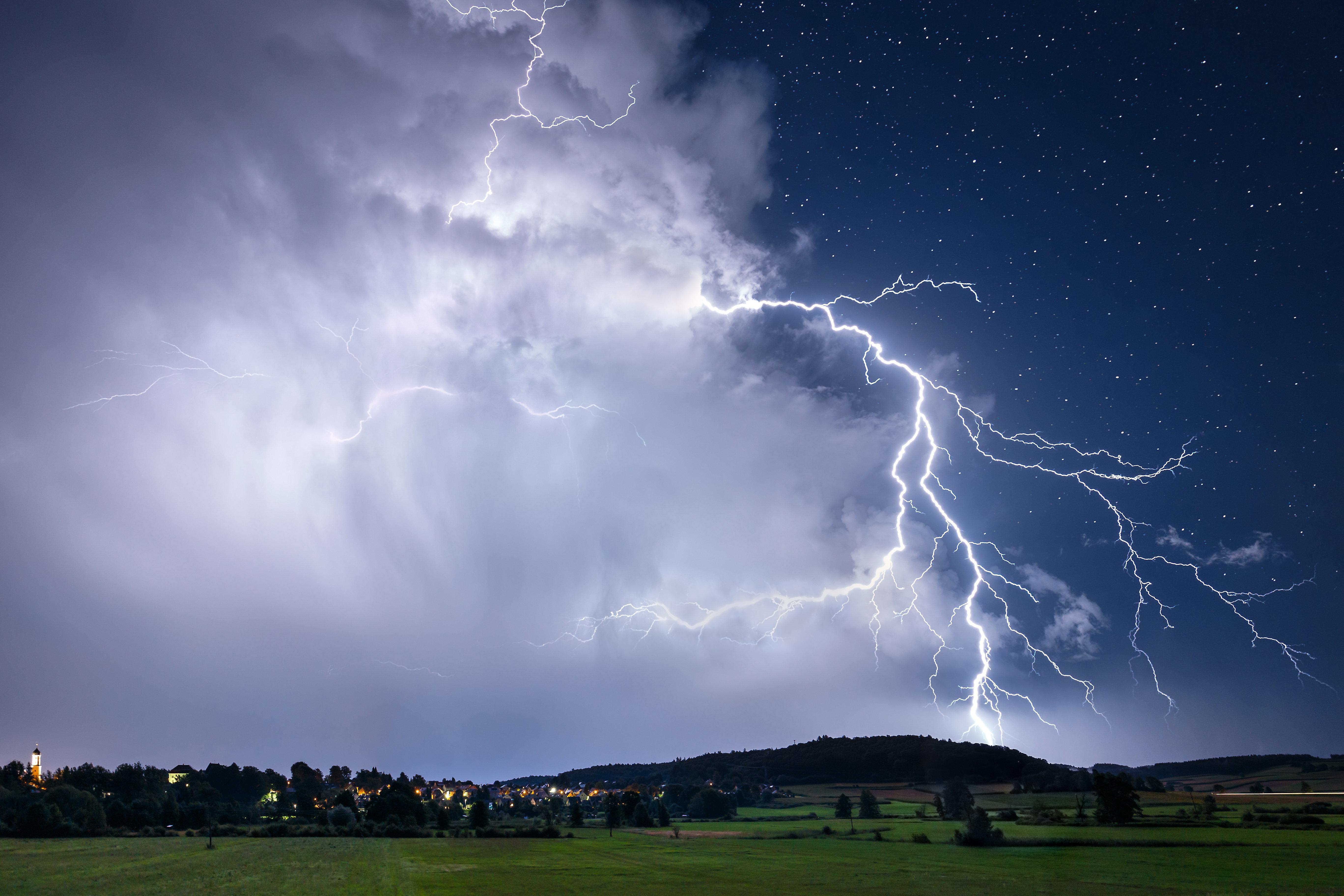 Unwettergefahr: Hier wüten bald Starkregen, Hagel und