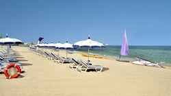 Nécessité d'octroyer aux hôtels la gestion des plages