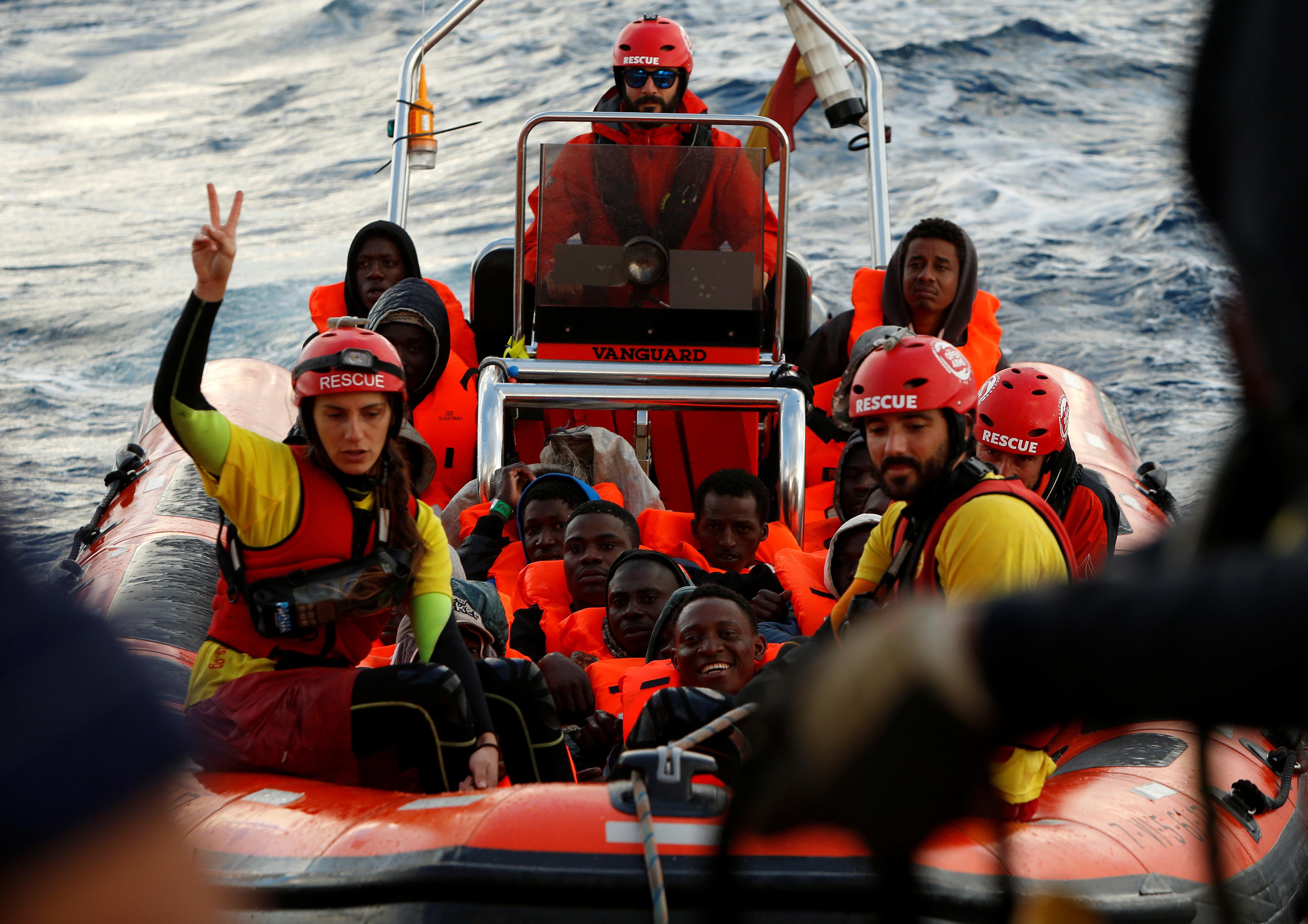 «Πόρτα» από την Ιταλία στο πλοίο Aquarius με τους 629 πρόσφυγες και