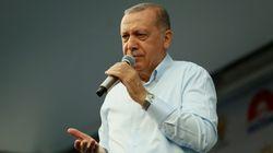 Τουρκία: Ο Ερντογάν καλεί τα δικαστήρια να εκδώσουν το ταχύτερο την απόφασή τους για τον προφυλακισμένο Κούρδο ηγέτη, και αντ...