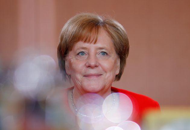 Μέρκελ: Βελτιώνεται η κατάσταση σε Ελλάδα, Ιρλανδία, Πορτογαλία και