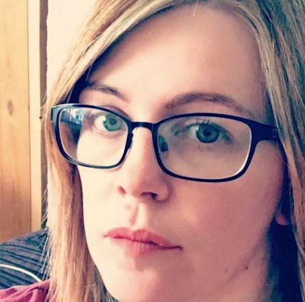 Frau will betrunken Textnachricht an ihren Ex-Freund schicken – was dann passiert, ist