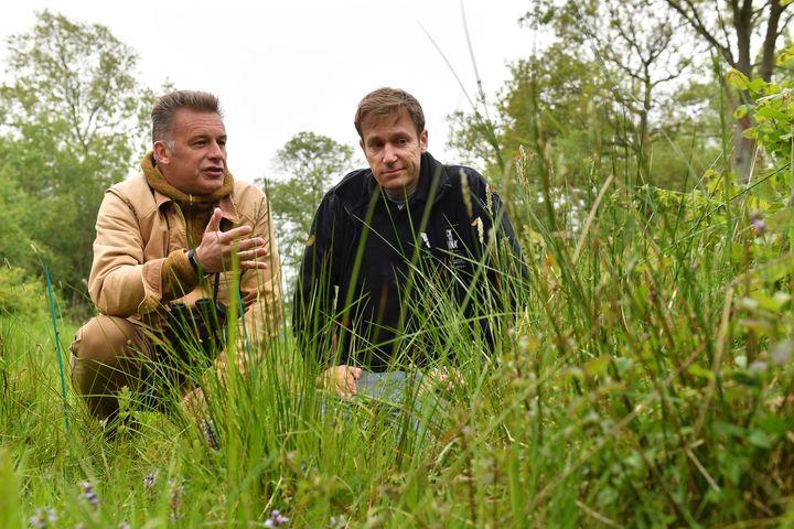 Chris Packham (left).