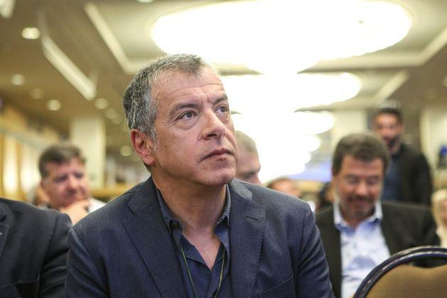Θεοδωράκης: Η κυβέρνηση φέρνει τσάτρα-πάτρα μέτρα που θα μπορούσαμε να είχαμε