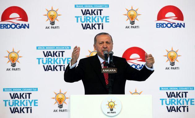 Ερντογάν: Ο τουρκικός στρατός θα στραγγίξει το «τρομοκρατικό έλος» του