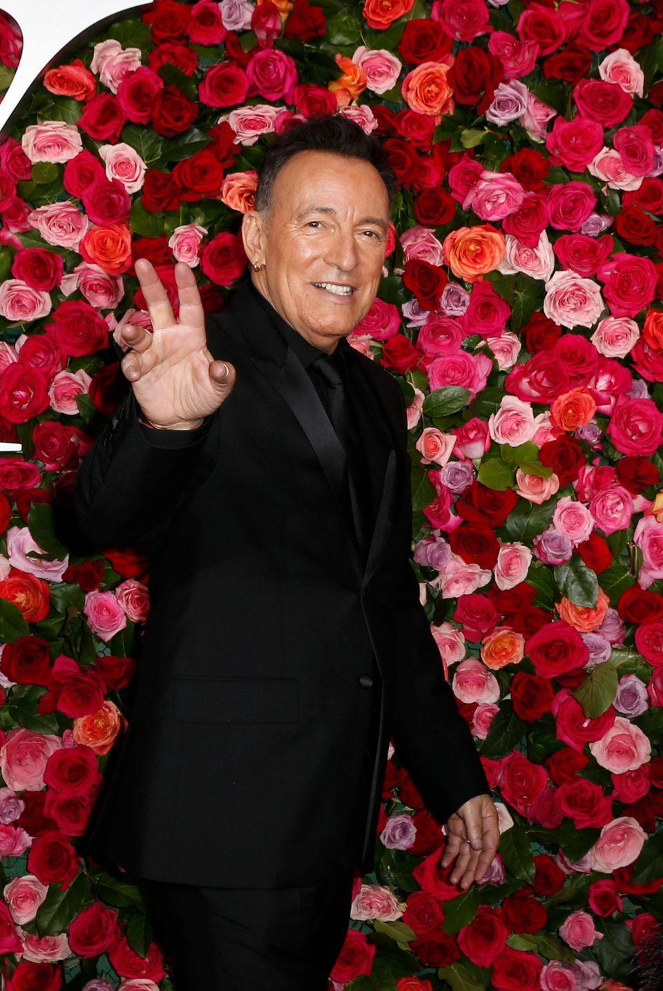 Tony Awards: Η μεγάλη γιορτή του Broadway, οι νικητές, τα πολιτικά σχόλια και οι εμφανίσεις στο κόκκινο