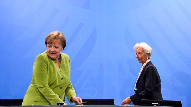 Το ερωτηματικό παραμένει. Στο Eurogroup της 21ης Ιουνίου παρέπεμψε η Λαγκάρντ για τις αποφάσεις για τη...