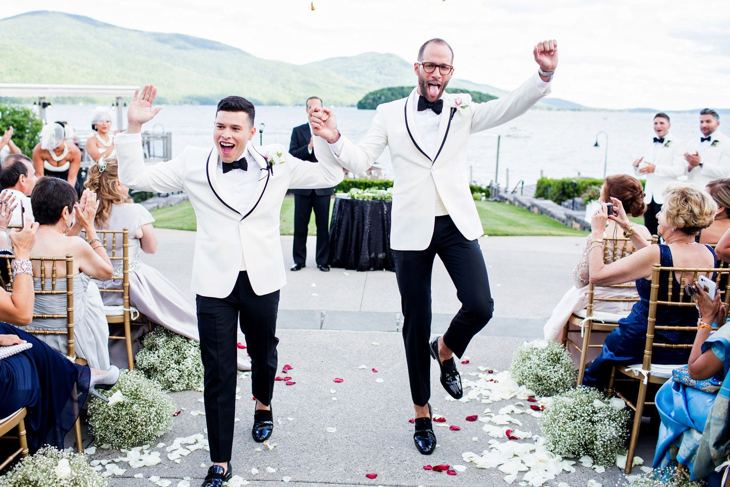 34 LGBTQ Wedding Photos That Are The Definition Of Pure
