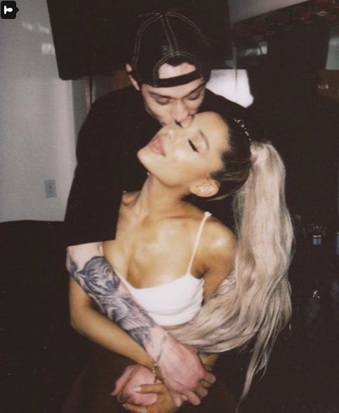 Ariana Grande Has Been Wearing What Looks Like An Engagement