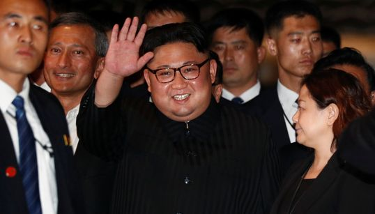 [화보] 북한 김정은의 어젯밤 '깜짝 외출' 사진을