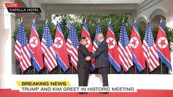 Historischer Moment: Trump und Kim Jong-un reichen sich die