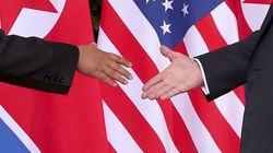 [화보] 28장의 사진으로 보는 트럼프와 김정은의 첫 만남