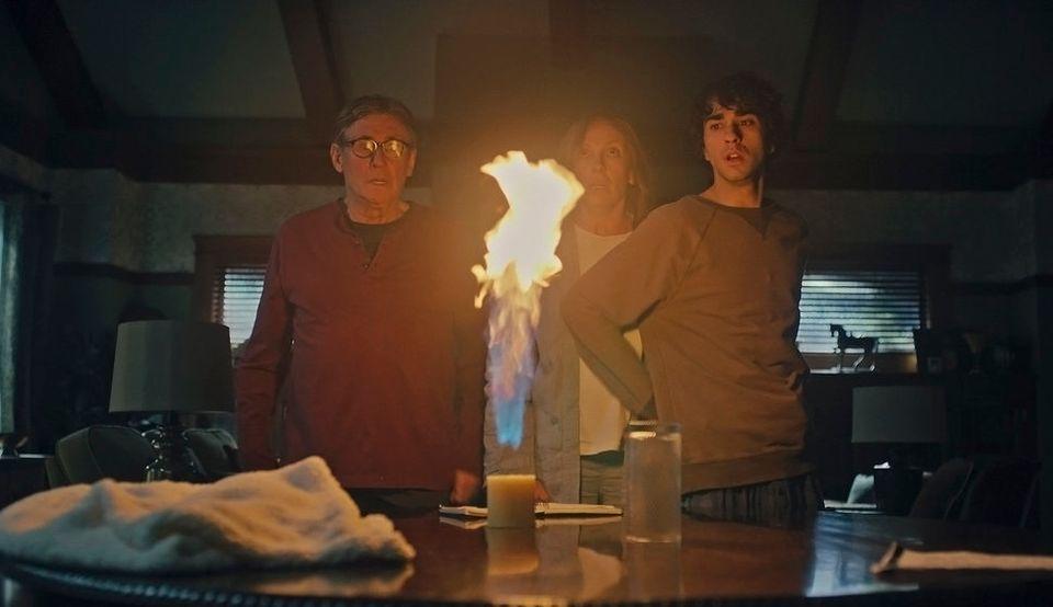 너무 무서워 눈을 뗄 수 없는 가족 호러 영화 '유전'(스포일러