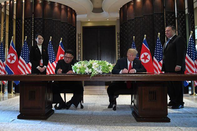 미국이 싱가포르 미술관에서 빌린 유서깊은 탁자의 용도가