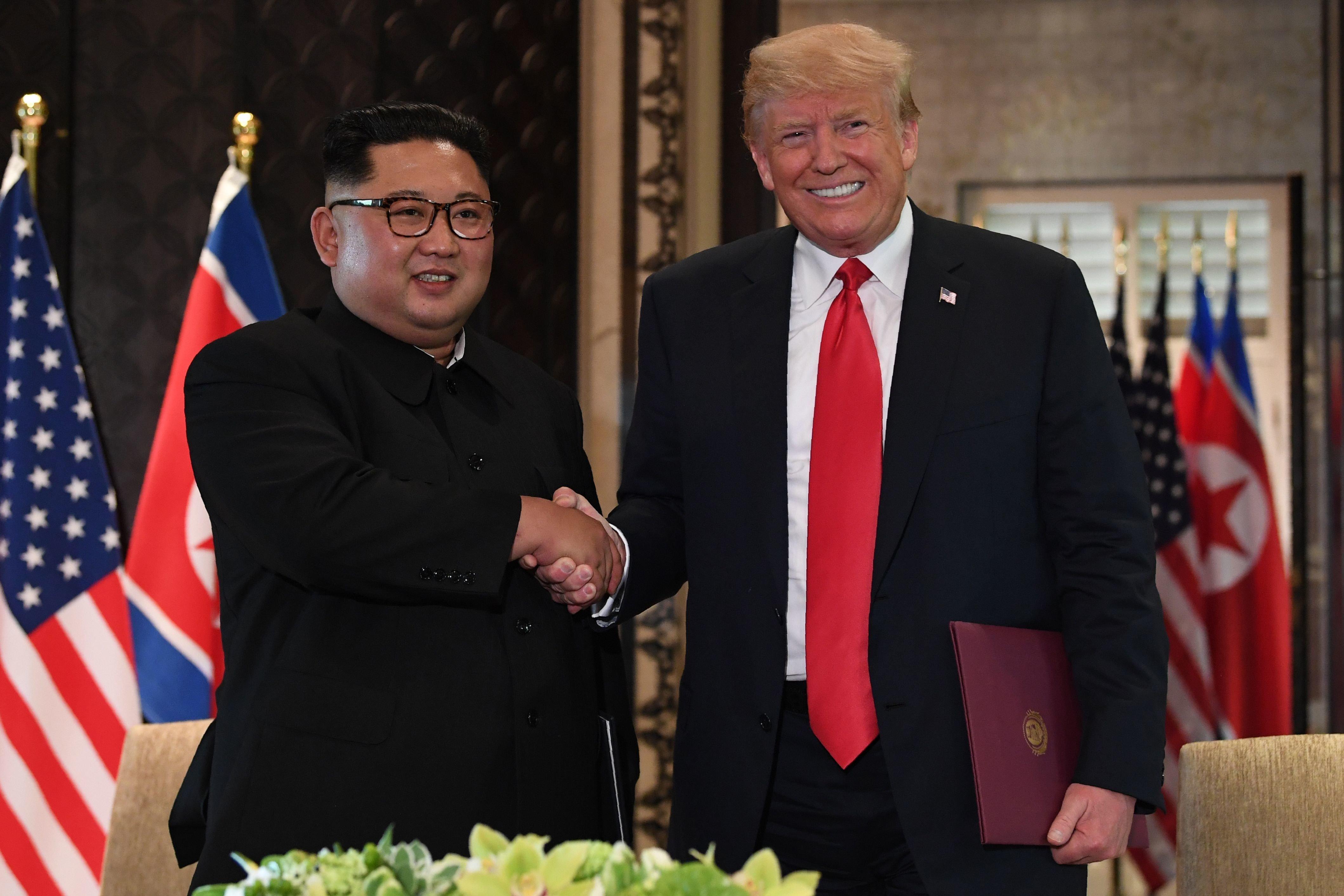 """트럼프 대통령과 김정은 위원장이 """"완전한 비핵화""""에 합의했다"""