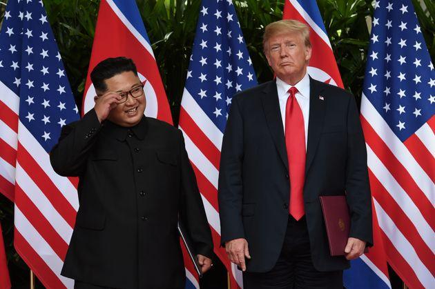 트럼프 대통령과 김정은 위원장이 서명한 공동합의문