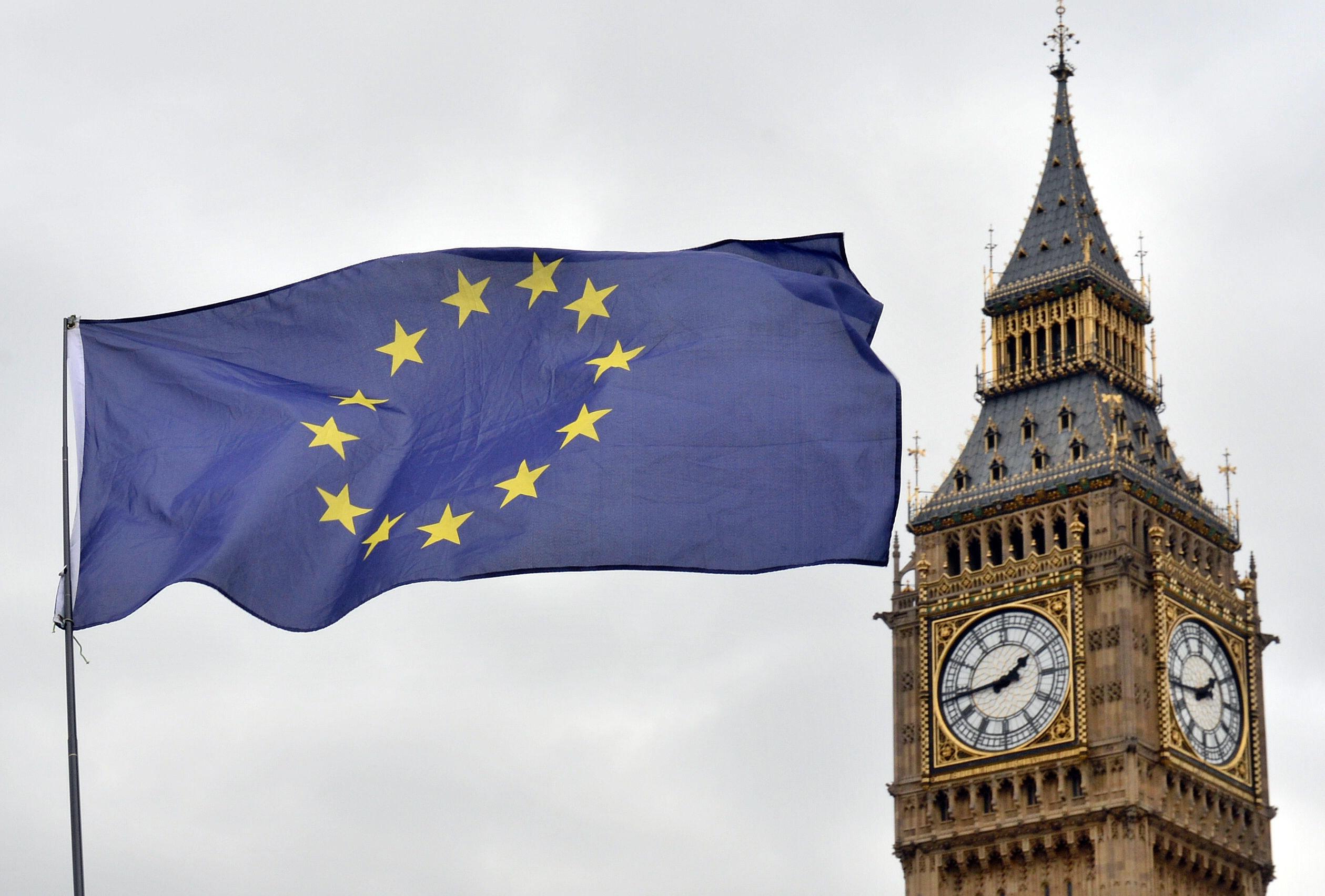 U.K. Minister Phillip Lee Resigns Ahead of Brexit Bill Showdown