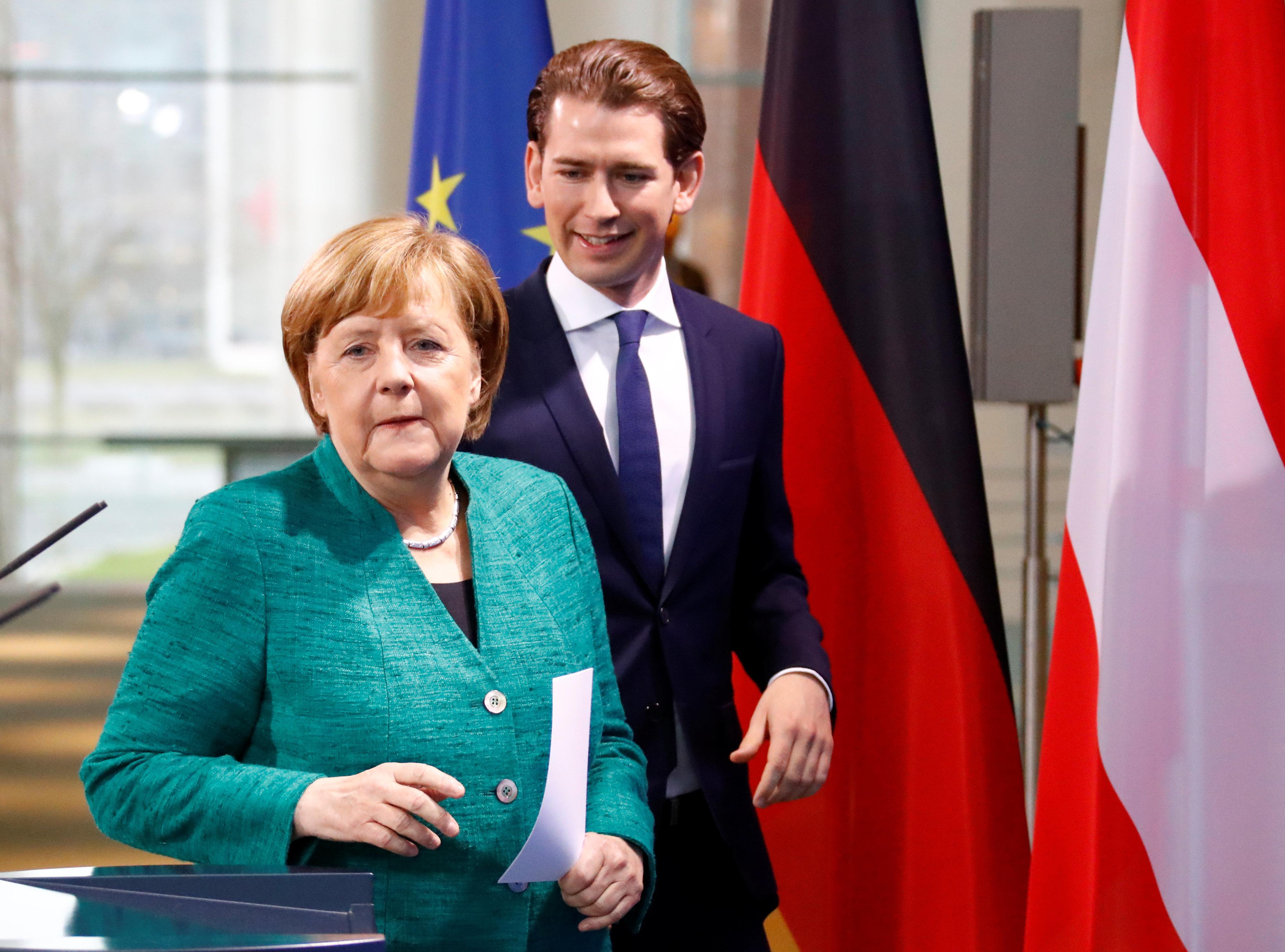 Wie ausgerechnet Sebastian Kurz die Flüchtlingspolitik der Kanzlerin retten soll