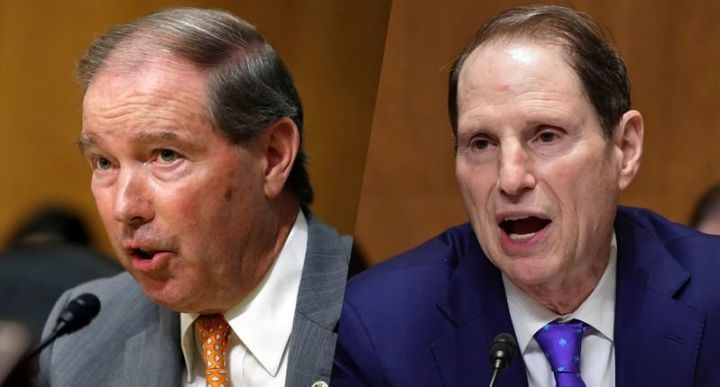 Sen. Jeff Merkley, D-Ore., and Sen. Ron Wyden, D-Ore.
