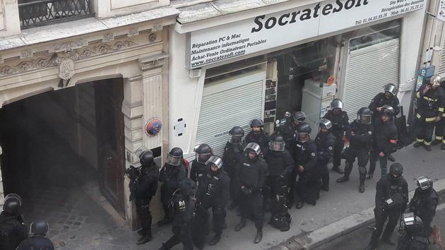 La police est actuellement en train