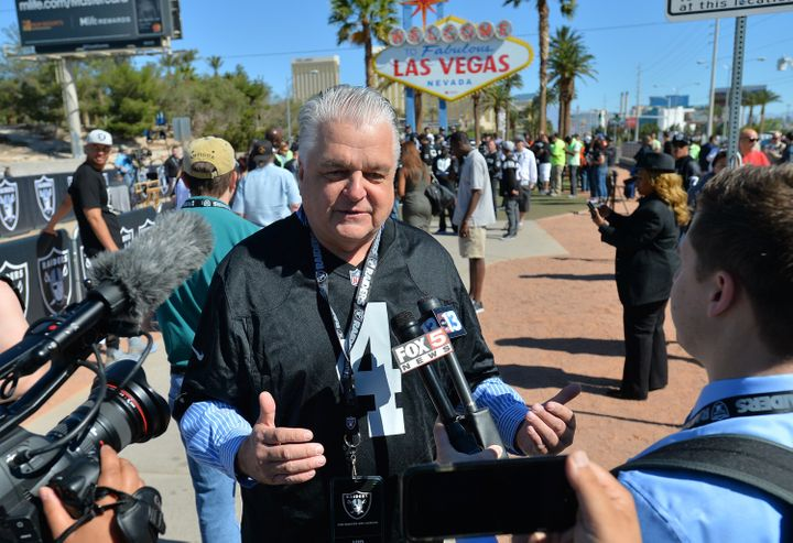 Clark County Commissioner Steve Sisolak won the Democratic nomination for governor of Nevada on Tuesday, helped by the backin