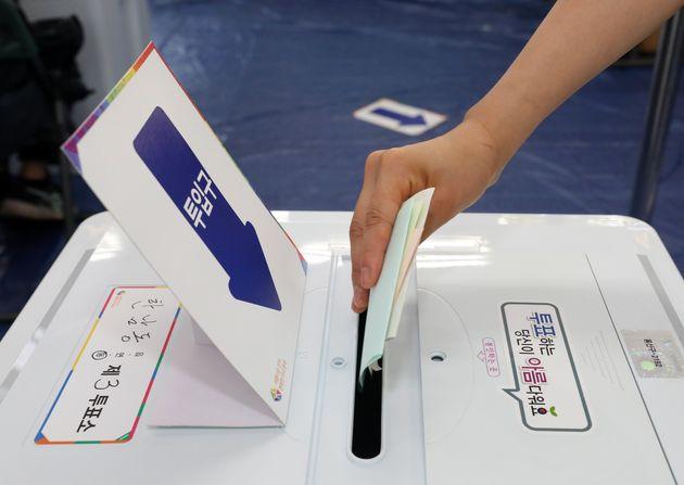 지방선거 오전 9시 투표율은 4년전보다