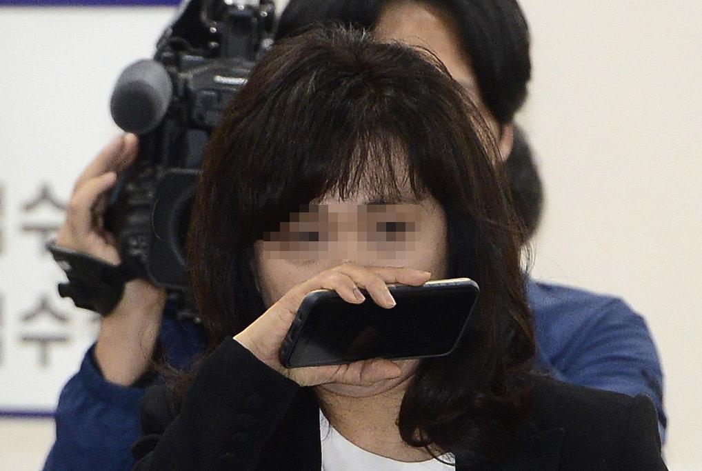 검찰이 드디어 '우병우 아내'를 비공개로 소환 조사한