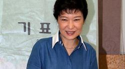 박근혜가 6‧13 지방선거에서 이명박과 정반대 선택을