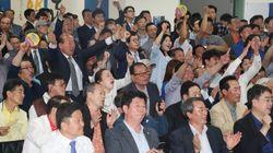 민주당이 국회의원 재보궐 선거에서도 압승할 듯하다(출구조사