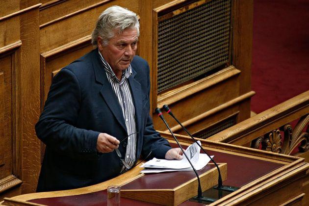 Θετικός στην κατ' αρχήν συμφωνία Τσίπρα-Ζάεφ ο Παπαχριστόπουλος κόντρα στην «γραμμή»