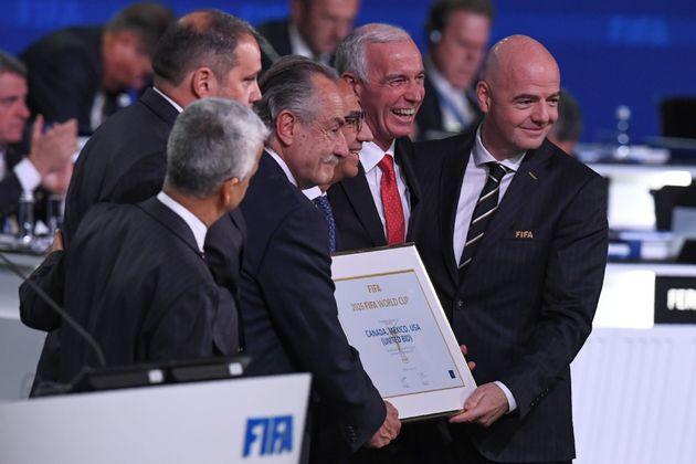 Le trio Etats-Unis/Canada/Mexique organisera la Coupe du monde 2026