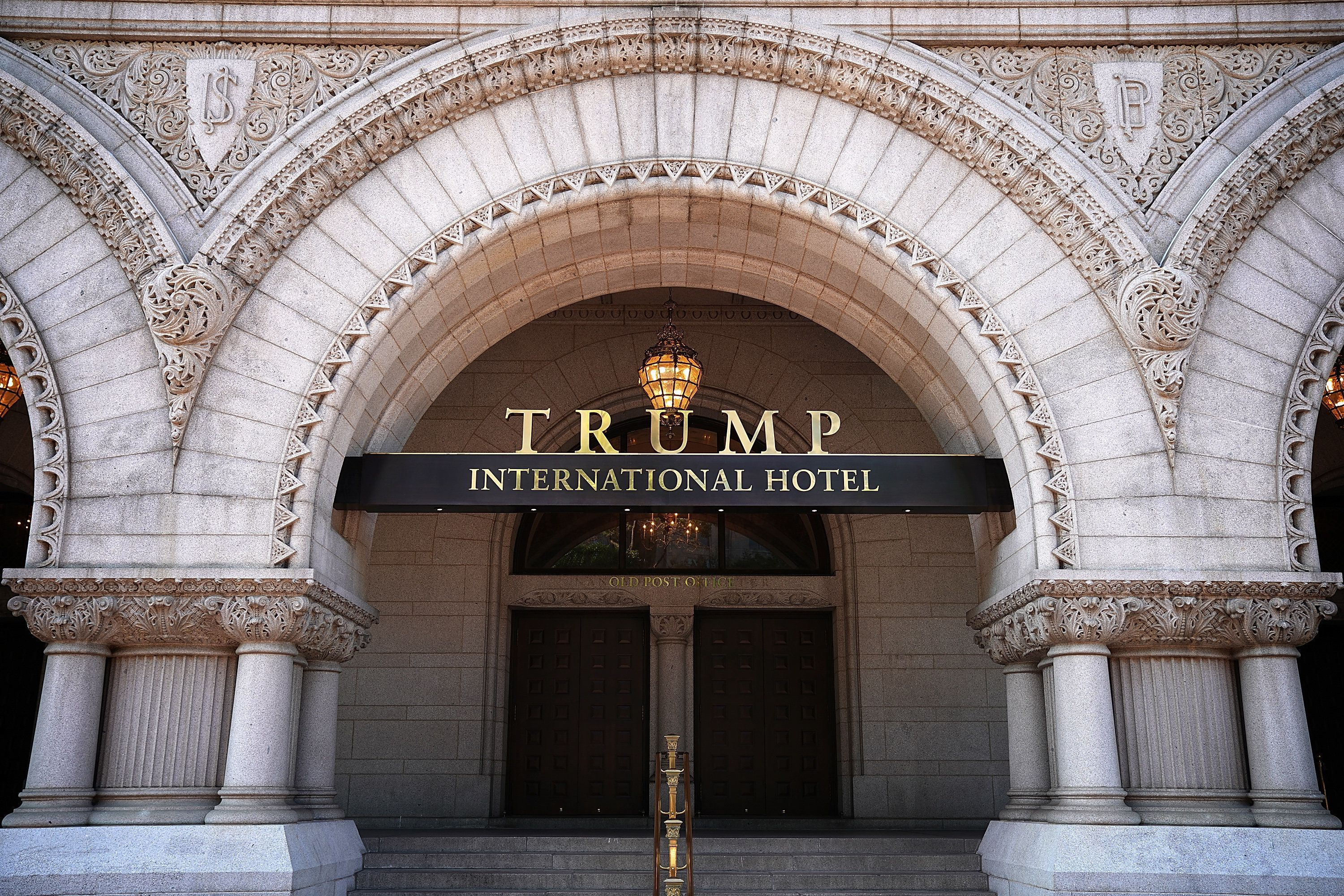 The Trump International Hotel, locatedblocks from the White House, has become both a tourist attraction in the nation's