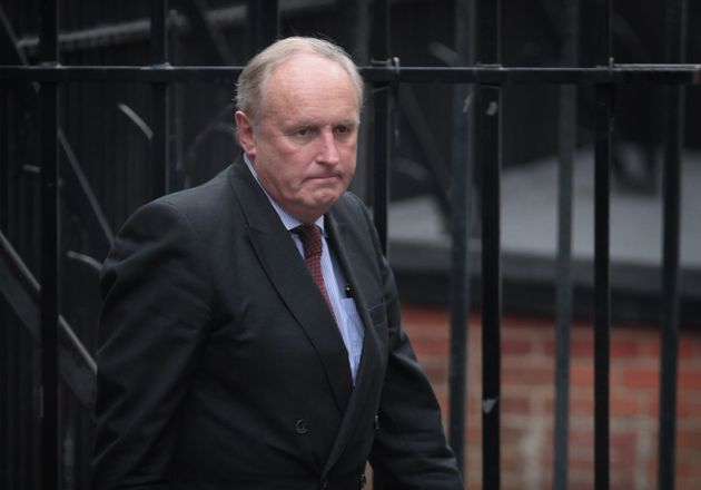 Paul Dacre Warns New Daily Mail Boss To Support Brexit Or Risk 'Commercial