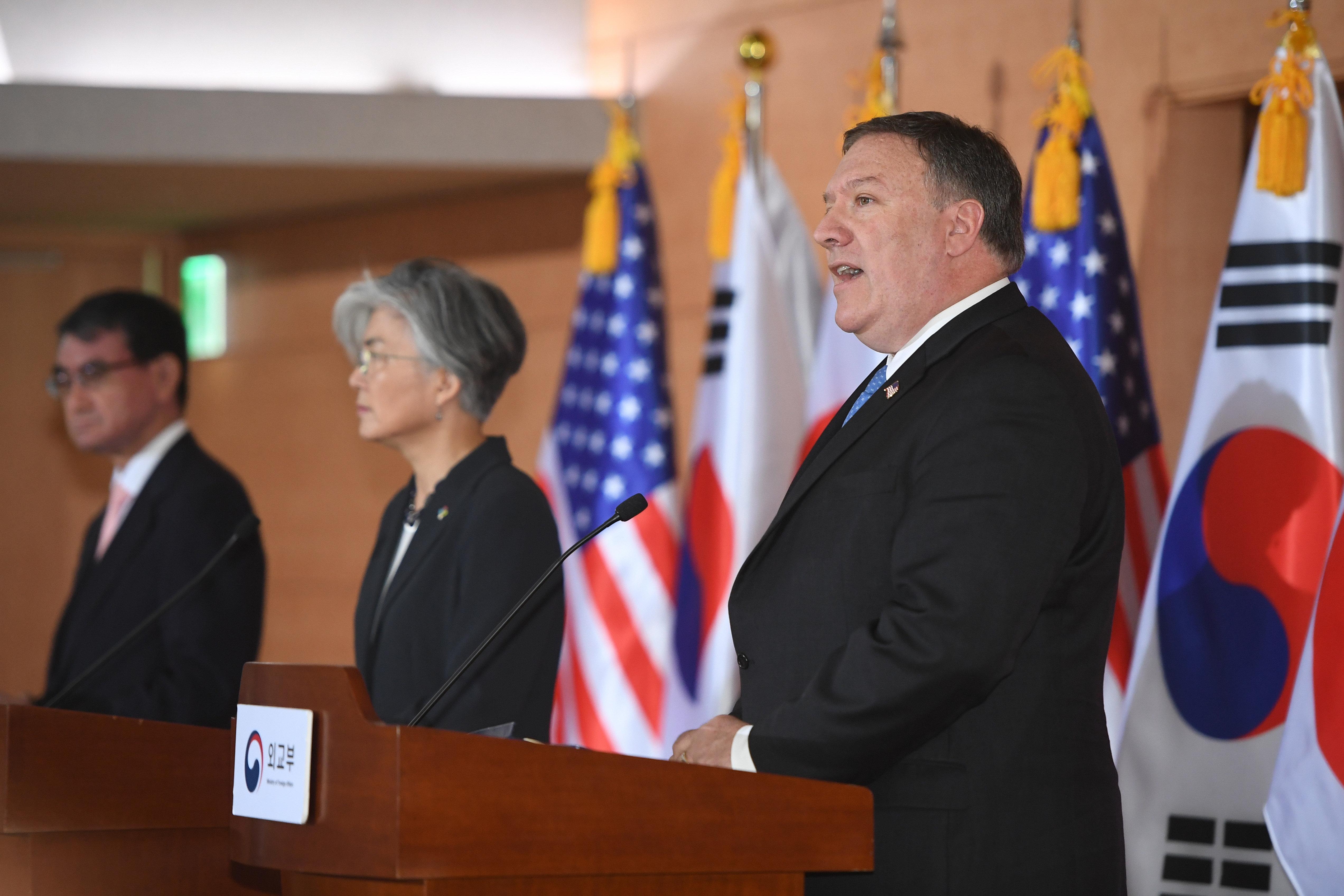 """폼페이오가 """"김정은 비핵화 빨리 진행하고 싶어한다""""고 말했다"""