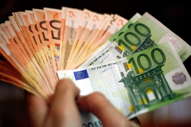 Στα 2,617 δισ. ευρώ περιορίστηκαν οι ληξιπρόθεσμες οφειλές προς τους
