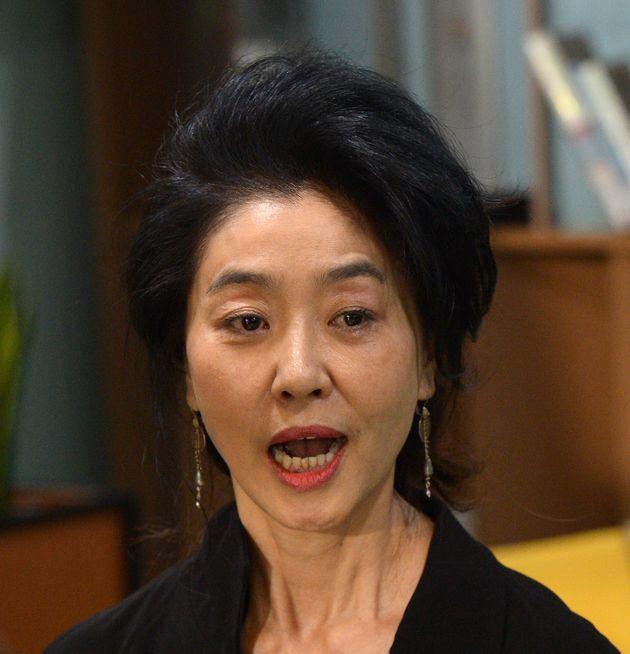 영화배우 김부선이 이재명의 당선에 대해 입을